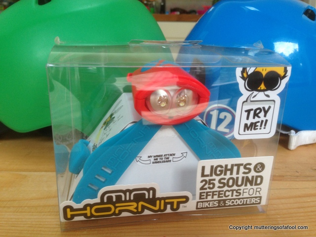 Mini Hornet in box