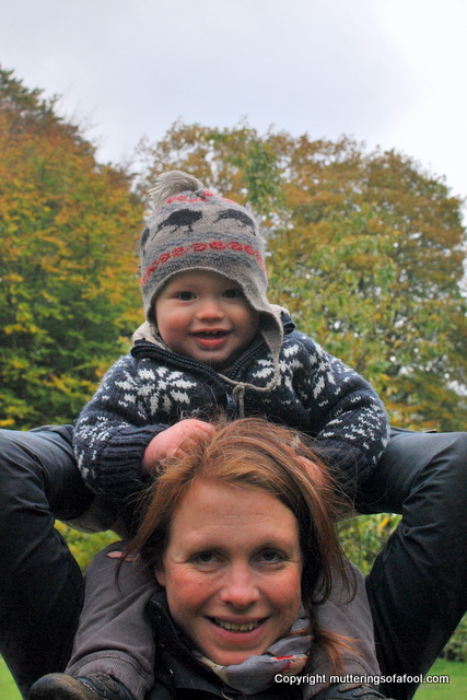 Henry on the lady of the manors shoulders