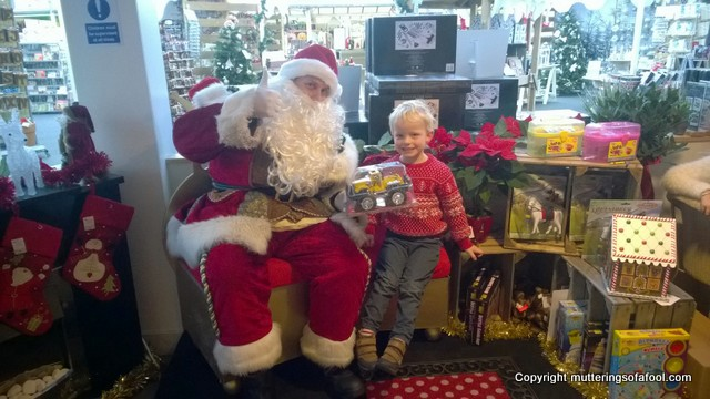 meeting-father-christmas-at-wyevale